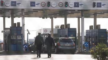 Egy kivételével elítélték mind az ötven záhonyi határőrt