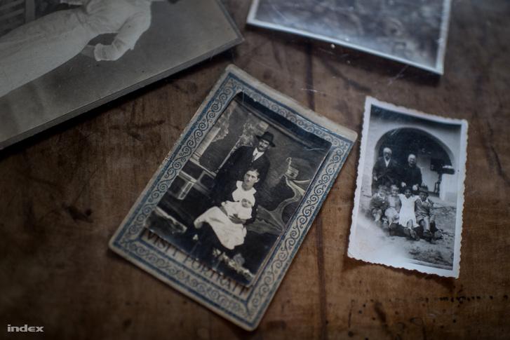 A család földjét 1949-ben elvették, jött a téeszesítés, Pálffy apja innentől azon küzdött egész életében, hogy az elvett földekből valamit visszaszerezzen - 1989-ig egy hektárt sikerült.