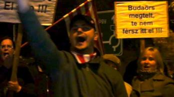 Lemondása óta nem tüntettek ennyien Gyurcsány ellen