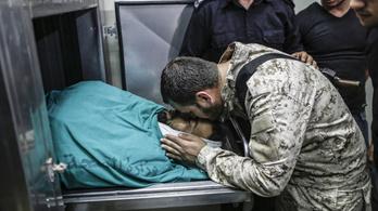 Izrael tévedésből agyonlőtte a Hamász határőrét