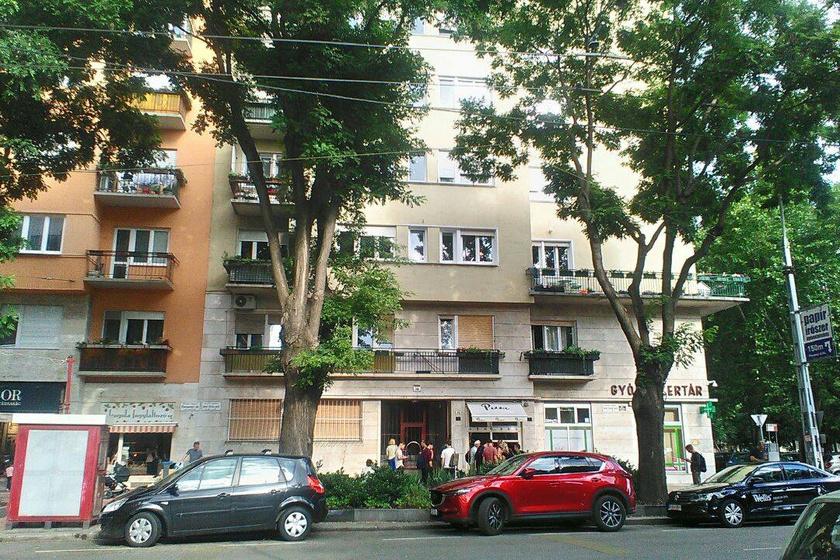 Aczél György egykori lakóháza a mai Szent István park 26. szám alatt