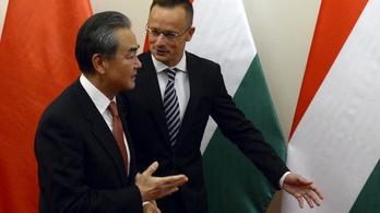 Szijjártó: Kínai bankok, kínai érettségi, kínai egyetemisták kellenek Magyarországra