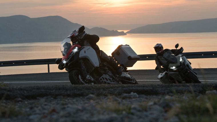 2019-Ducati-Multistrada-1260-Enduro-75