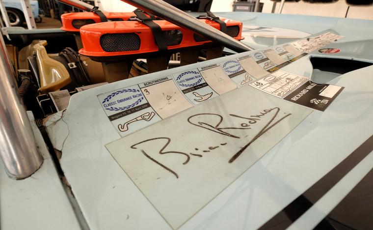 Most már azt is elárulhatom, a valódi Brian Redman valódi Porsche 908-asa