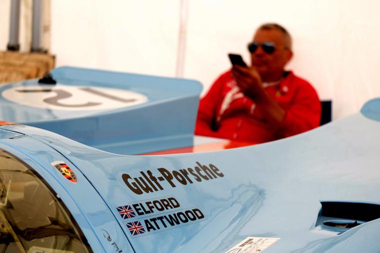 A világ egyik legfontosabb, ha nem egyenesen A Legfontosabb versenyautója ez a hosszú fenekű Porsche 917