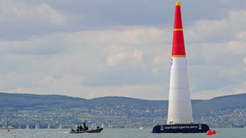 Törölték a Red Bull Air Race szabadedzéseinek repüléseit