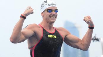 Rasovszky Kristóf történelmi aranyérmével indult a vizes világbajnokság