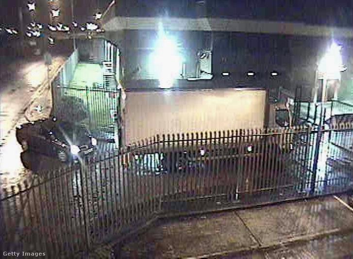 Biztonsági kamera felvétele a 2006-os Securitas pénzszállító cég rablásáról Kentben február 21-én