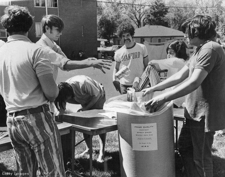 Környezettudatosságra nevelő nap a denveri egyetemen 1971-ben