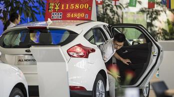 Bő tíz százalékos mínuszban a kínai autóeladások