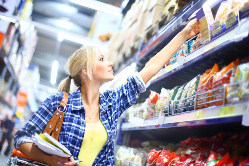 Lehet, hogy a fogyás azért torpant meg, mert még mindig túl sok feldolgozott élelmiszert eszel, ezek pedig tele lehetnek rejtett szénhidrátokkal.