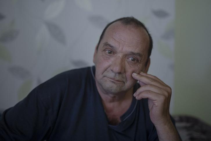 Sarró Sándor 12 év szolgaság után, még most is bizonytalan abban, hogy kihasználták-e, valóban csicska volt-e.