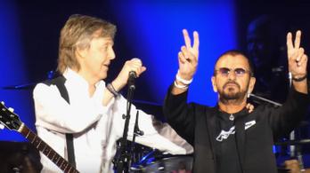 Újra együtt lépett fel a Beatles két élő tagja