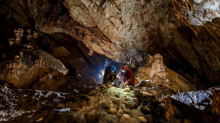Kincset találtak a régészek a Baradla-barlang ősi szentélyében