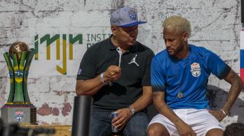 Neymar közölte a PSG-nél, menni akar, az első Barca-ajánlat is befutott érte