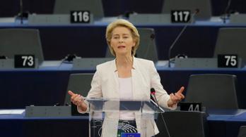 Ursula von der Leyen: Aki Európa értékeit gyengíti, velem áll szemben