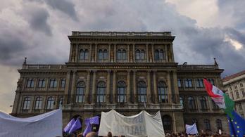 Külföldi rektori konferenciák tiltakoznak az MTA-törvény ellen