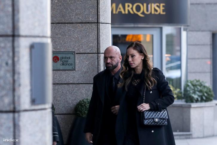 Vajna Tímea érkezik Andy Vajna temetése után rendezett fogadásra a Kempinski Hotelbe 2019. január 31-én