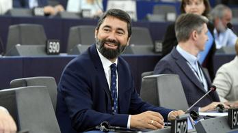 Meg lehet nyugodni, a CÖF megvédte a Fidesz uniós bizottsági alelnökjelöltjét