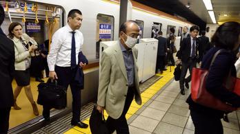 A tokiói olimpia miatt 700 ezer embert küldenek távmunkára