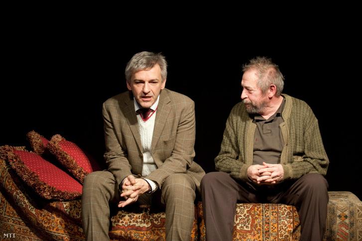 Alföldi Róbert és Jordán Tamás az Utolsó óra című darab magyarországi bemutatójának próbáján a budapesti Rózsavölgyi Szalonban. A darabot Alföldi Róbert rendezésében 2013. február 14-én mutatják be.