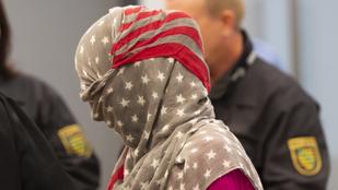 Arcát teljesen eltakarva állt a drezdai bíró elé a terrorizmussal vádolt szír nő