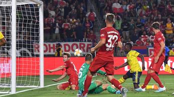 Bayern-veréssel indított az Arsenal