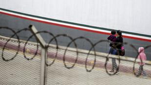 112 migránst zsúfoltak egy kamionba Mexikóban