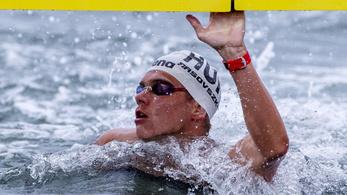 Rasovszkyék nyolcadikok az 5 km-es úszócsapatversenyben