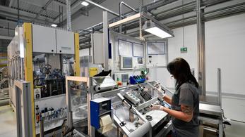 Csökkentek a külföldi beruházások Európában, a képzett munkaerőt keresi a tőke