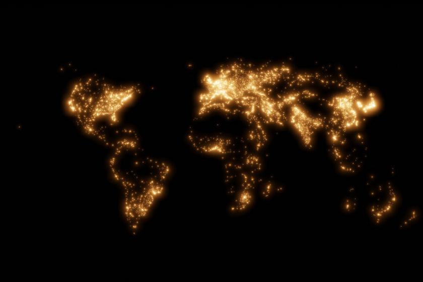 Az első térkép az emberek által lakott területeket mutatja. A legfényesebb, azaz a legnépesebb hely Tokyo. Míg Afrika, Dél-Amerika és Ausztrália sivatagai és erdői majdnem teljesen eltűntek.