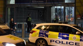 Sokkolja az angolokat a késes támadások száma