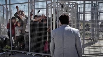 Kamu a migrációs válsághelyzet, a kormány maga szállítja a migránsokat, állítja az ENSZ