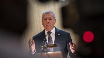 Honvédelmi miniszter: Oroszország is veszély a NATO szerint