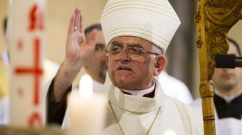Menesztette a kaposvári megyéspüspök a helyi iskolaigazgatót és óvodavezetőt