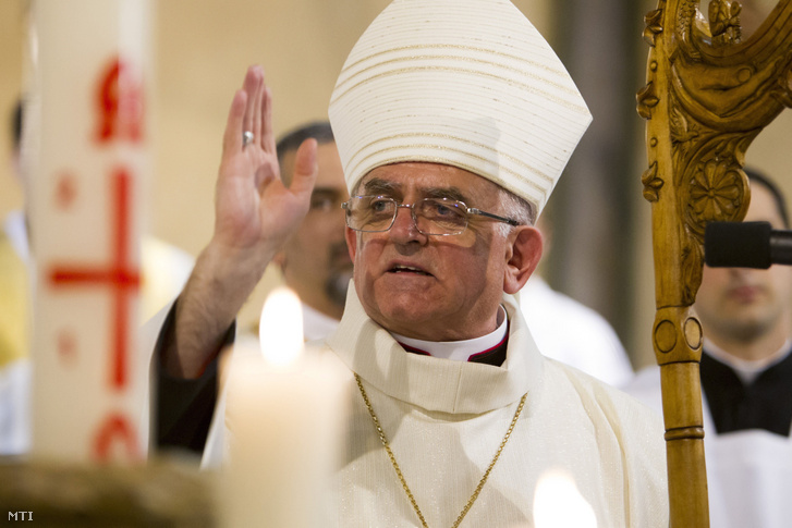 A püspökké felszentelt Varga László a Kaposvári Székesegyházban 2017. május 13-án.