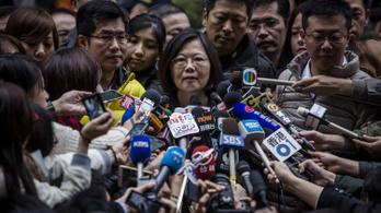 Csak a holttestén keresztül lenne Tajvan egy második Hongkong