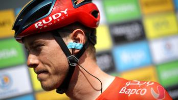Rejtély, hogy miért adta fel a Tour de France-t az egyik bringás