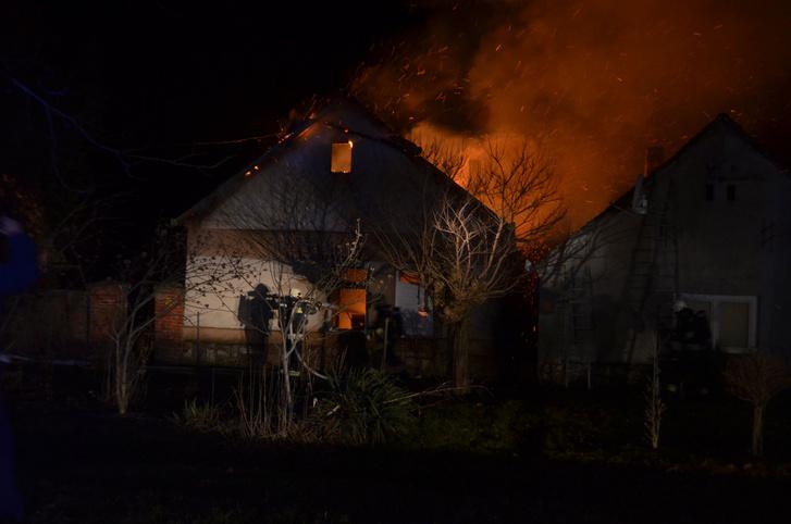 A felgyújtott ház 2017 február 3-án