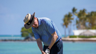 Békésen golfozó öregúr lett Bill Clintonból