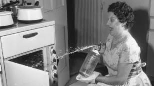 9 tipp, amivel megszabadulhatsz a konyhai bűztől