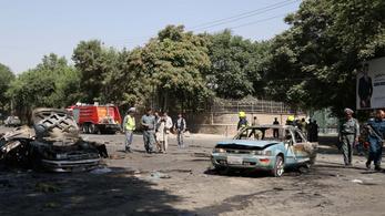 Vizsgázni mentek a kabuli diákok, amikor robbant a bomba