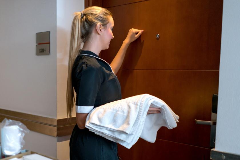 Miket látnak a szobalányok a magyar szállodákban? Megdöbbentő sztorik egy dolgozótól