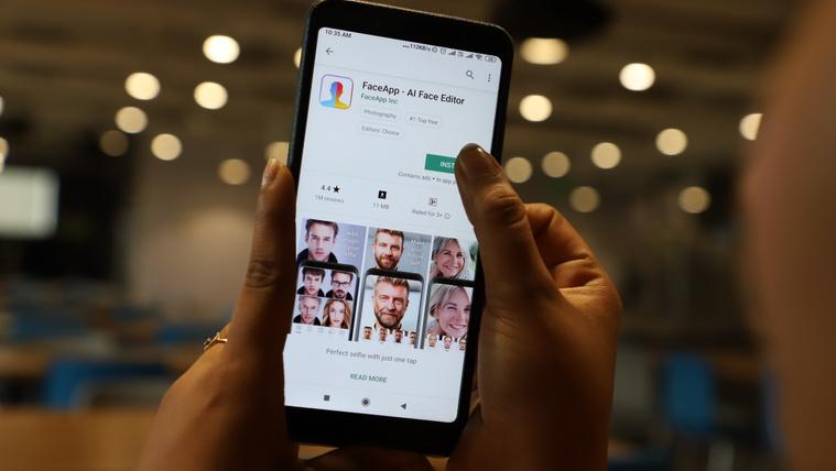 Megmutatjuk, hogy tudja törölni a fotóit a FaceApp szervereiről