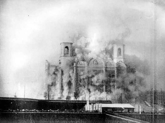 A Megváltó Krisztus-székesegyház felrobbantása 1931-ben -Wikipédia