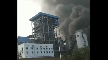 Jima romokban - hatalmas gázrobbanás történt az ősi városkában