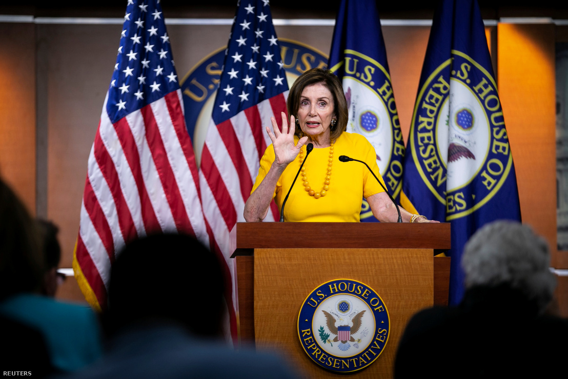 Nancy Pelosi heti sajtótájékoztatón a Capitol Hillben 2019. június 20-án