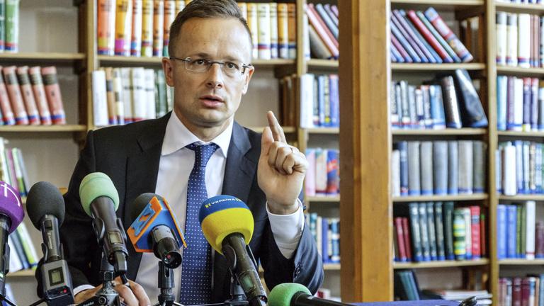Szijjártó látogatása borzolta az ukrán vezetést a választási hajrában