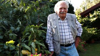 Bálint gazda világhírű lett: a Reuters készített videót a 100 évesen is aktív kertészmérnökről