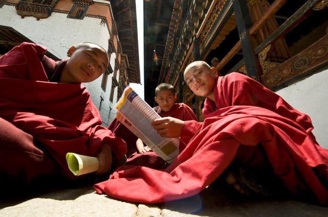 Snóblizó szerzetesek